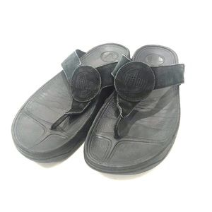 Fitflops size 9 black leather